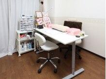 完全個室のプライベート空間★DVD持込み可で施術中も楽しめる♪