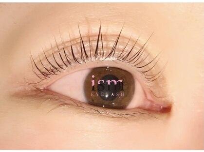 イズム アイラッシュ(ism eyelash)の写真
