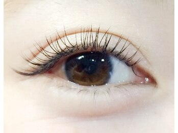 まつげエクステ専門サロン ブルームラッシュ(bloom lash)の写真/コンセプトは「自まつげを大切に」♪bloom lashでは美しい状態を長くキープ!
