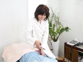 小顔矯正 イザト整体院(IZATO)/ステップ5 原因を調べます。
