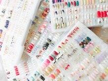 300種類以上のアートサンプル、毎月替りコレクションご用意☆