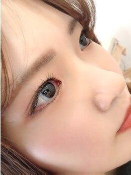 アグリューム(agrumes)の写真/【ラッシュケアカール】でダメージを根本ケア◎毛質改善でまつ毛本来の美しさを取り戻し魅力的な瞳に変身☆