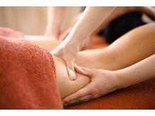 体の主要リンパ節の大掃除を行い、体内の循環が整うことでデトックスの効果を実感。