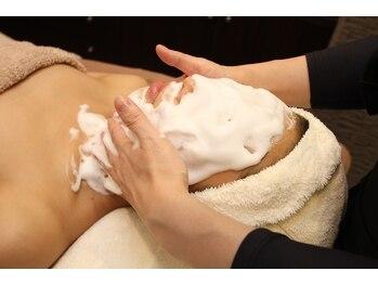 アユラ(AYURA)の写真/自分では手の届かない汚れもプロの技でクリアに☆赤ちゃんのようなふっくらとしたうるすべ肌を♪