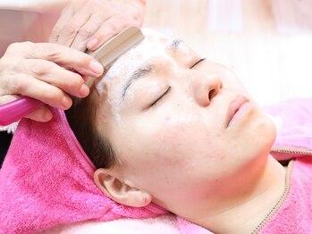 お顔剃りサロン ヤマモトの写真/【お顔剃り新規¥2300】良心価格&丁寧な施術が人気★シェービングでワントーン美白アップ&驚きのツル肌に♪