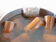 カヨ漢方スリムサロン(KAYO)の雰囲気(漢方成分を竹筒に浸透させることで従来のガラス吸い玉以上の効果)