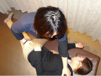 錦糸町ボディケア02の写真/【骨盤調整+猫背調整+ボディケア60分¥5400⇒¥3900】デスクワークの凝りや猫背,姿勢の矯正に。