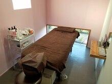 モイ(Moi)の雰囲気(リラックスできる個室のベットルーム。)