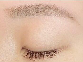 ブードワール(boudoir)の写真/一人一人の骨格や筋肉に基づいた美眉毛をご提案☆お肌に優しいWAX脱毛でトレンド眉毛♪理想の美眉毛に