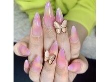 ネイルサロン マーノ(nail salon mano)の雰囲気(腰や首が痛くならないソファも人気。楽な姿勢で楽しめます♪)
