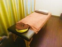 癒し処 まごころの雰囲気(半個室で、周りを気にせずしっかり施術を受けられます◎)