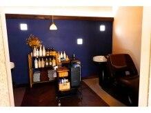 ヘアーアンドリラクゼーション ラシック(Hair&Relaxation LA.CHIC)の雰囲気(シャンプー、スパスペース♪落ち着いた雰囲気です。)
