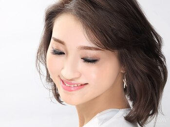 アイラッシュサロンブラン 武蔵小杉駅前店(Eyelash Salon Blanc)/自然なボリュームの130本が人気
