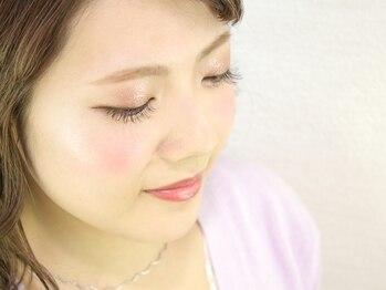 ルナ(LUNA)の写真/140本までは嬉しい同価格◎お客様の目の形やまつ毛の状態を見て一番似合う本数&デザインをご提案!