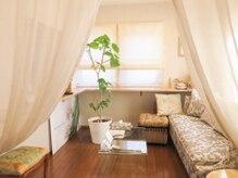 エステルミラー(ESTHER MIRA)の雰囲気(待合室、カウンセリング、リラックスした贅沢な空間♪)