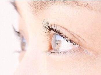 ハナ 津田沼店(Hana)の写真/瞳を自然に、美しく輝かせる!まつ毛を最大限に長く見せ、上品な目元へ♪パリジェンヌラッシュリフト¥6600