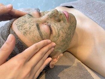 サロンド ラヴィ(Salon de la vie)の写真/剥離無しの【REVIハーブピーリング】毛穴の奥からすっきりケア♪ハーブの効果でつるんとした陶器肌に◎