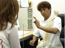 大阪梅田ピュアプロポーション 整体 カイロプラクティック院/熱心に解説してくれる先生