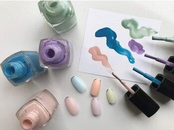 ネイルスミス(Nailsmith)の写真/爪に優しい「呼吸するマニキュア」を使用した豊富なデザインで爪を健康的に保ったままネイルを楽しんで♪