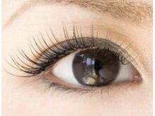 似合わせマツエクで魅力的な瞳を実現出来ます♪