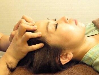 筋肉整復療法 整体サロン 南郷7丁目店の写真/[2時間¥3300首+肩+足つぼ筋肉整復][4時間¥9900全身(ヘッド・足つぼ含む)]不眠・頭痛などの不調も改善!