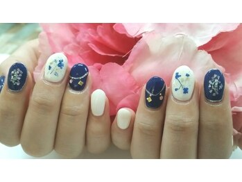 ネイルサロンカリプソ(Nail Salon Calypso 2)/ドライフラワーネイル☆