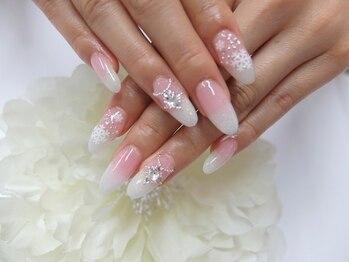 冬ホワイト雪の結晶ネイル¥11998