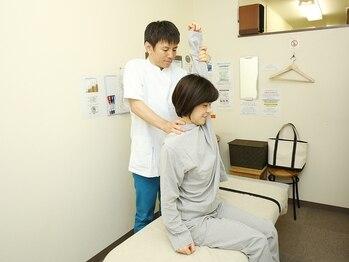 豊洲カイロプラクティックの写真/『ゆがみ』を改善したい方!肩こり/頭痛/腰痛/骨盤の歪みを改善する全身矯正コースもご用意♪