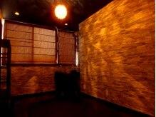 アムール(Amour)の雰囲気(メイクスペース&シャワーroom完備のオイルマッサージの施術部屋)