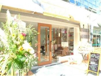 ネイルアンドアイラッシュ リラ 東三国店(Rela)