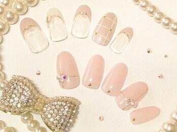 ネイルアンドジュエリーラズリ(Nail&Jewelry RAZULI)の写真/シンプルでもセンスの光る豊富なデザイン◎長く通えるリピーター多数の人気サロン♪