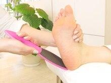 乾燥する季節に足のお手入れを!足のトラブルご相談ください