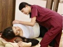 成田駅前整骨院の雰囲気(骨盤矯正で痛みの根本から改善していきます。)