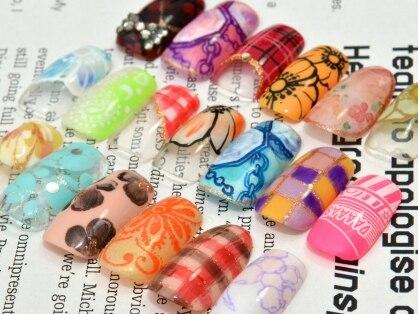 ネイルサロンアンドスクール パーティーセブン(nail salon & school PARTY7)の写真