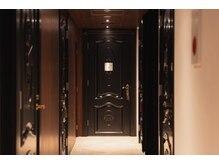 オリーブスパ PANTHEON白金台プラチナ通り店(OLIVE SPA)/シャワー完備のお部屋へご案内