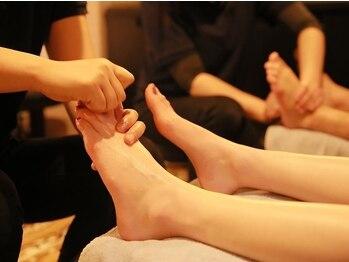 中華街整体院の写真/【足ツボ40分¥4300】足湯+肩のマッサージ付きでお得に疲れ解消♪観光で歩き疲れた足を癒しませんか?