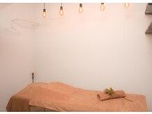 アンド リラクゼーション フレイ整骨院(&Relaxation)の雰囲気(雰囲気の良い人気の個室◎)