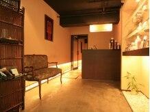 スローティ ラテ 札幌ピヴォ店の雰囲気(札幌中心部のPIVOTの中にあるとは思えないほど落ち着いた空間)