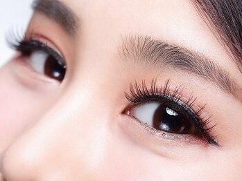 マリーテレジアサカエ(MARIE TERESIA SAKAE)の写真/【栄駅徒歩3分♪】似合う眉毛×まつげで美人度UP♪第一印象が変わる美眉毛で、魅力的な目元を手に入れて☆