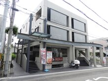 アーバンプラザという建物のEASTの2階です☆B1がピザ屋さんです!