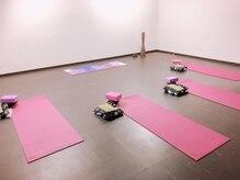 ヨガスタジオ マルジャーリ(yoga studio Marjari)