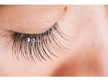 ジュエルラッシュ(Jewel Lash)/モチの良さ、美しく見える瞳