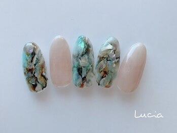 ルチア(Lucia)/天然石ネイル