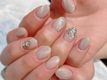 ルームヘアネイル 曙橋店(Room hair nail)の写真/《パラジェル登録サロン》お客様に合わせた色味をご提案!さりげないデザインで美爪に魅せます☆