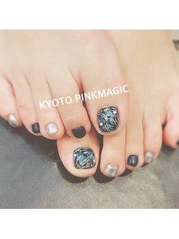 ピンクマジック(PINKMAGIC)/ニュアンスお花フットネイル