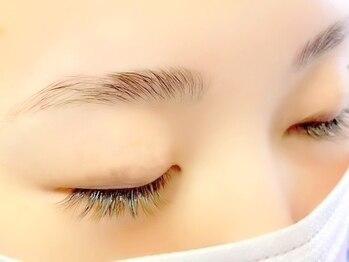 オビエントアイラッシュ(obient eyelash)の写真/【新導入◆アイブロウリフト+眉WAX¥7000】グッとあか抜け美人眉★メイクいらずの眉毛を手に入れる◎