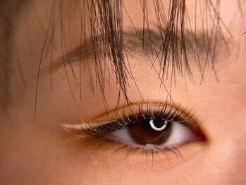 オビエントアイラッシュ(obient eyelash)の写真/【シングルラッシュ100本¥5940/ボリュームラッシュ80本¥6930】いつまでも綺麗なお目元のキープが叶う☆