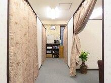 清潔感のある店内!全室半個室でとても静かです!