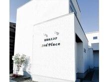 サードプレイス(3rd Place)の雰囲気(岐阜バス「野一色5丁目」降りて目の前にあるこちらの建物です♪)