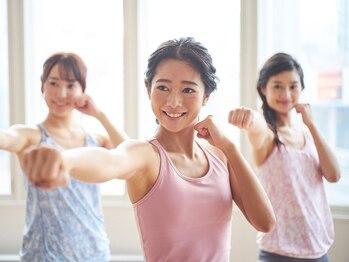 ホットヨガスタジオ ラバ アクロスプラザ古島駅前店(LAVA)の写真/健康的にキレイに痩せたい方にぴったり!無理なく運動習慣をつくり、しなやかで美しいボディに。